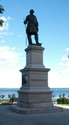 Solomon Juneau Statue Photo, Click for full size
