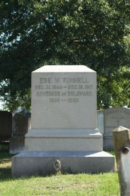 Ebe W.Tunnell Gravesite, as mentioned image. Click for full size.