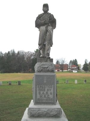 Neillsville Civil War Memorial Photo, Click for full size
