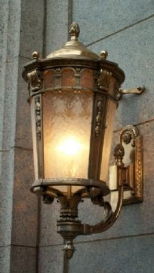 Sconce on First National Bank Building image. Click for full size.
