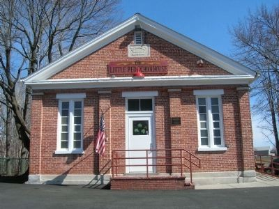 Little Red Schoolhouse & Marker image. Click for full size.