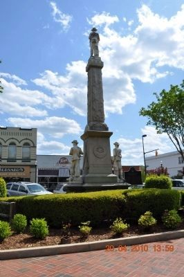 Confederate Monument( back view) image. Click for full size.