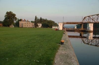 Guy Park Manor and Eric Canal Lock E11 image. Click for full size.