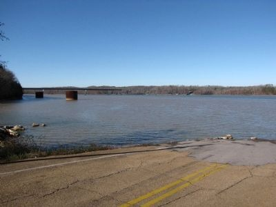Tennessee River bridge and ferry image. Click for full size.