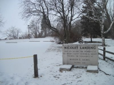 Nicolet Landing Marker and park image. Click for full size.