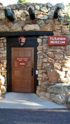 Tusayan Museum Entrance image. Click for full size.