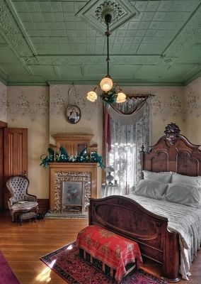 Master Bedroom of the Rosson House image. Click for full size.