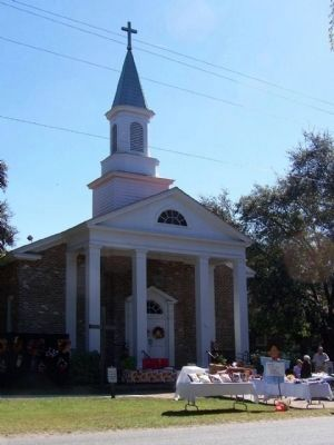 Bluffton United Methodist Church , an October Craft Sales image. Click for full size.