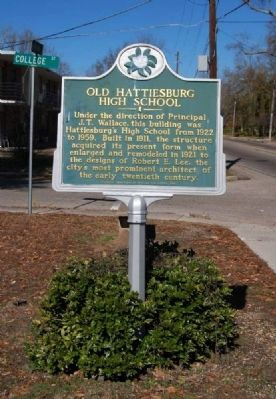 Old Hattiesburg High School Marker Photo, Click for full size