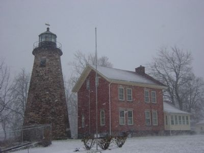 Charlotte-Genesee Lighthouse image. Click for full size.
