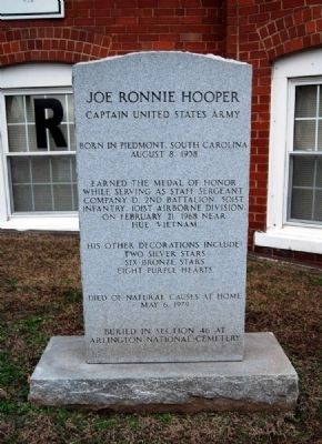 Joe Ronnie Hooper Marker Photo, Click for full size