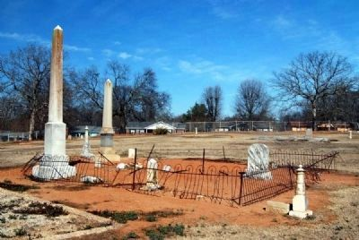 Bomar Family Plot Photo, Click for full size