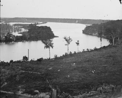 View of Trent�s Reach from Battery Dantzler Photo, Click for full size