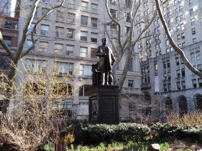 Monument in Madison Square Park image. Click for full size.