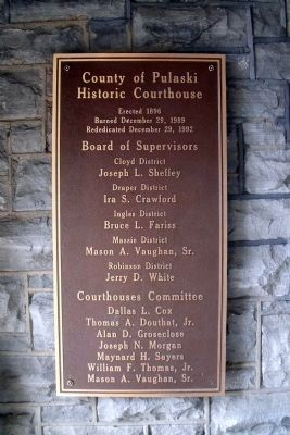 Courthouse Dedication Plaque image. Click for full size.