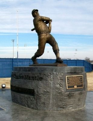 Mickey Charles Mantle Memorial Photo, Click for full size