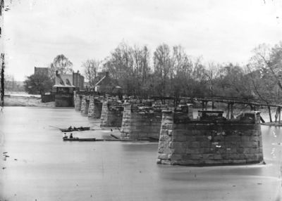 Richmond, Virginia. Ruins of Mayo's bridge image. Click for full size.