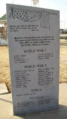 Stroud Area Veterans Monument Photo, Click for full size