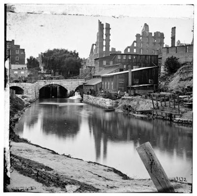 Richmond, Va. View on James River and Kanawha Canal near Haxall Flour Mills; ruins of Gallego Mills image. Click for full size.