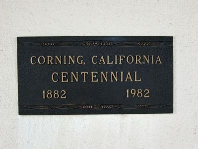 Corning Centennial Plaque (1882 - 1982) - on 3rd St. side of building image. Click for full size.