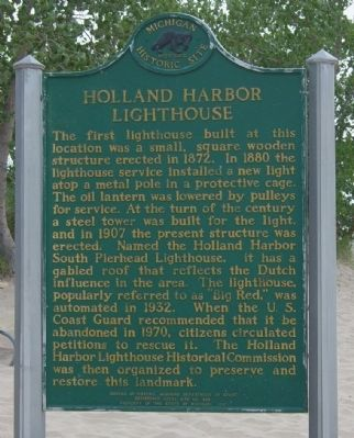 Holland Harbor Lighthouse Marker image. Click for full size.