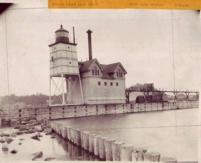 Original Holland Harbor Lighthouse image. Click for full size.