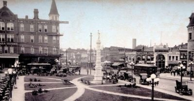 Anderson Court Square Plaza, ca 1920 image. Click for full size.