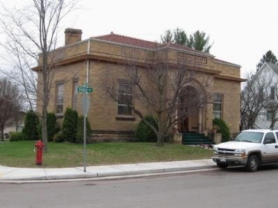 D.R. Moon Memorial Library image. Click for full size.