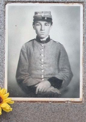 Memory Hill Cemetery ,Edwin Jemison (2nd LA Infantry) image. Click for full size.