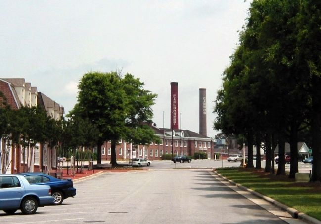 A 2001 view of Fieldcrest Cannon Mills in Kannapolis image. Click for full size.