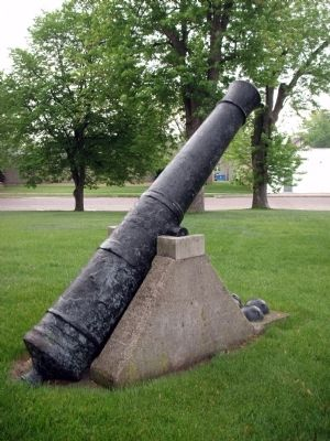 Obverse View - - East - Cannon (South Side of Courthouse) image. Click for full size.
