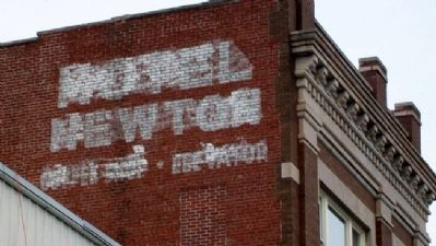 Hotel Newton Sign on Haas Building image. Click for full size.