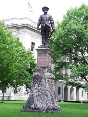 "Thomas ""Stonewall"" Jackson (Confederate soldiers) Statue, as mentioned image. Click for full size."