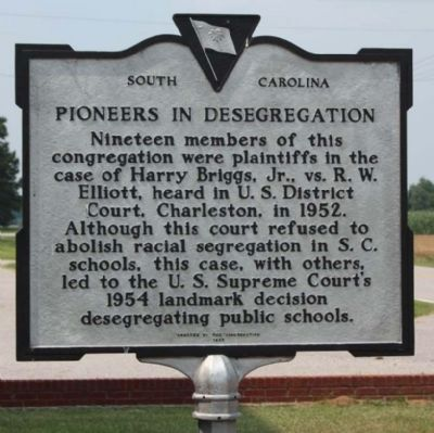 Pioneers in Desegregation Marker, new paint job image. Click for full size.