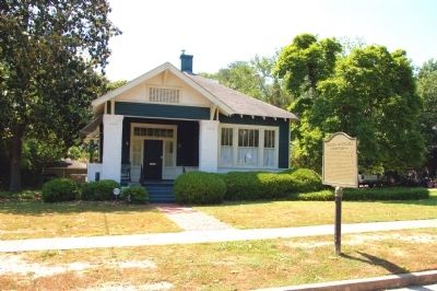 Carson McCullers Marker and House image. Click for full size.