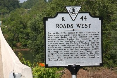 Roads West Marker Photo, Click for full size
