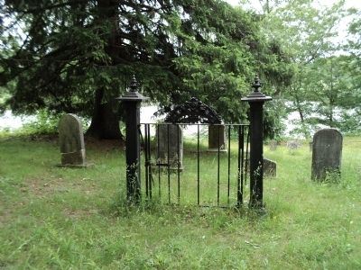 Ringwood Manor Cemetery image. Click for full size.