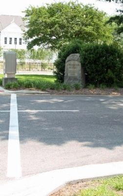 "Aiken's ""Jefferson Davis Highway "", at Richland and York (US 1) Photo, Click for full size"