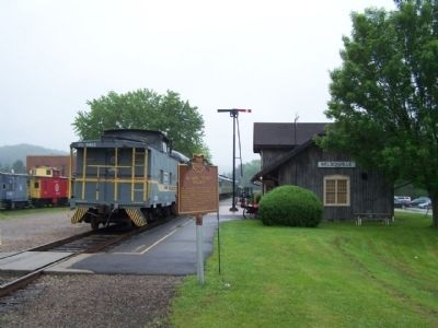 Hocking Valley Railway Marker and Nelsonville Station image. Click for full size.