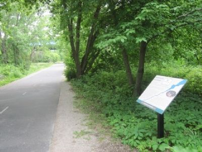 Menomineeville Marker and Fox River Trail image. Click for full size.