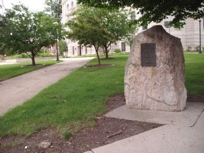 Boulder - - Dedication Marker Side Photo, Click for full size