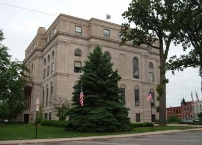 South/East Corner - - Porter County Courthouse Photo, Click for full size
