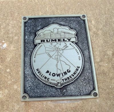 Upper Middle Plaque - - Rumely Co. - Logo image. Click for full size.