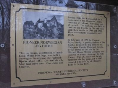 Pioneer Norwegian Log Home Marker image. Click for full size.