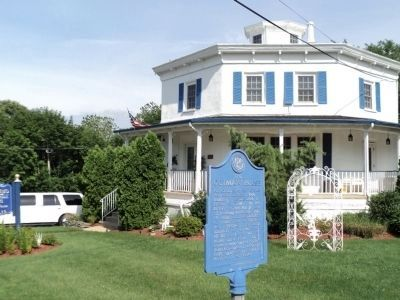 The Octagon House and Marker image. Click for full size.