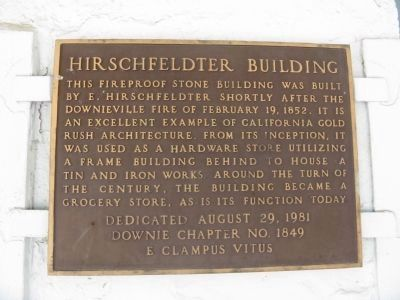 Hirshfeldter Building Marker Photo, Click for full size