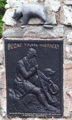 Daniel Boone Trail Marker #26 with Bear as mentioned Photo, Click for full size