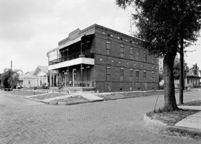 Cueto Boarding House at its original location image. Click for full size.
