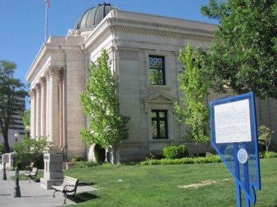 Washoe County Courthouse designed by DeLongechamps. image. Click for full size.