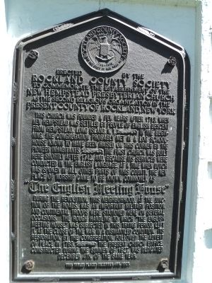 The English Meeting House Marker image. Click for full size.